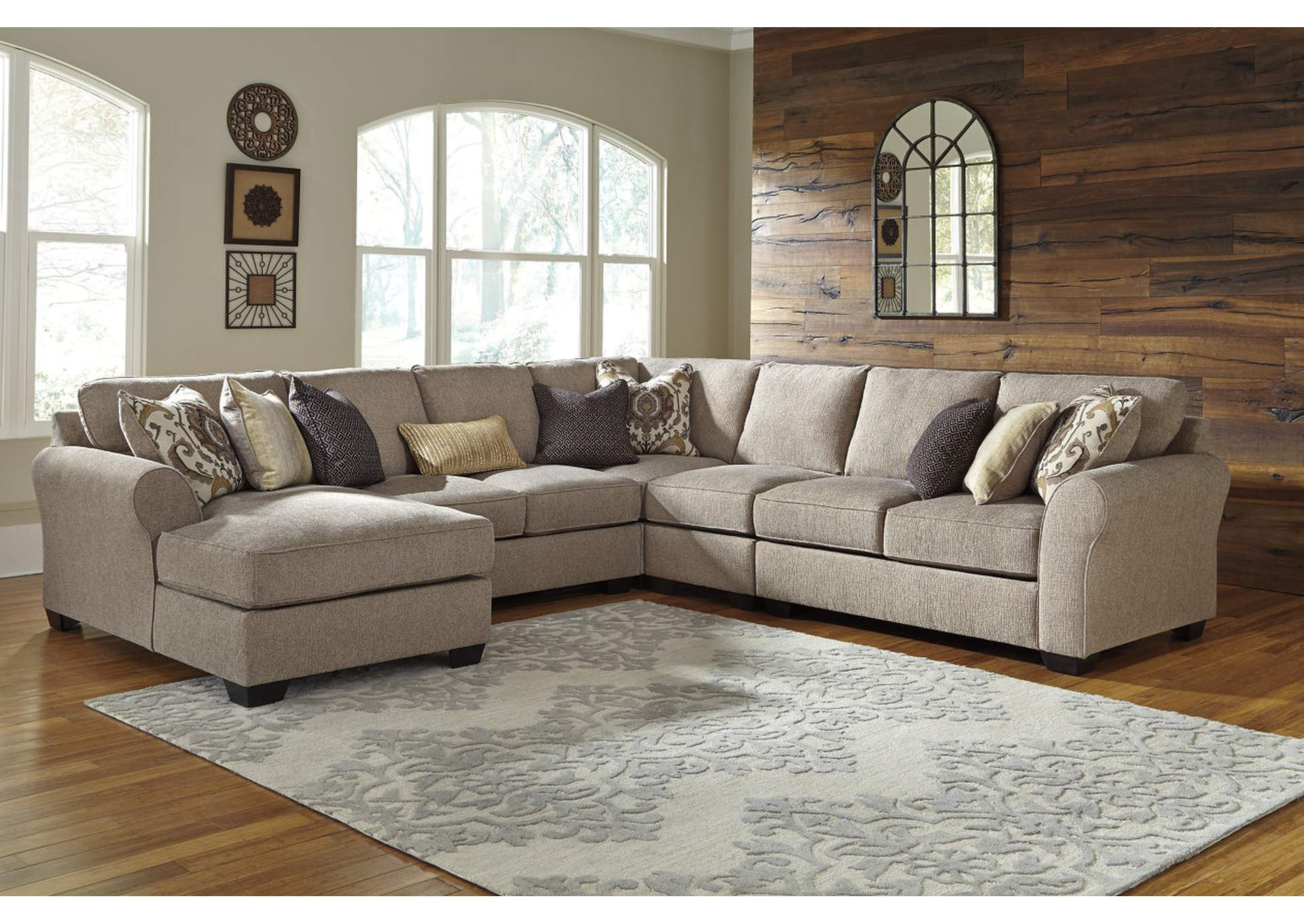 Pantomine Driftwood Extended Sectional w/Left Facing Corner Chaise,ABF Benchcraft