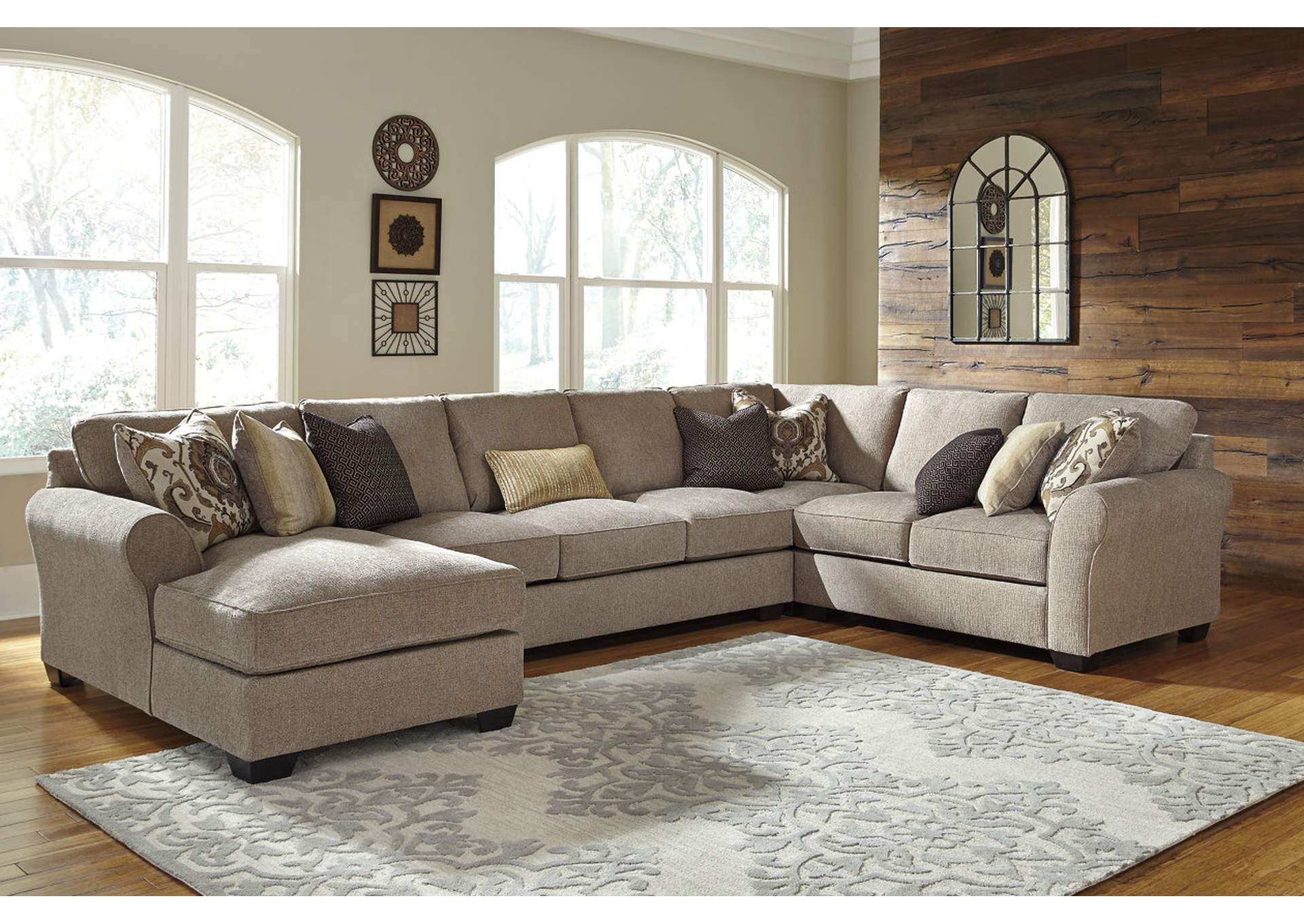 Pantomine Driftwood Sectional w/Left Facing Corner Chaise,ABF Benchcraft