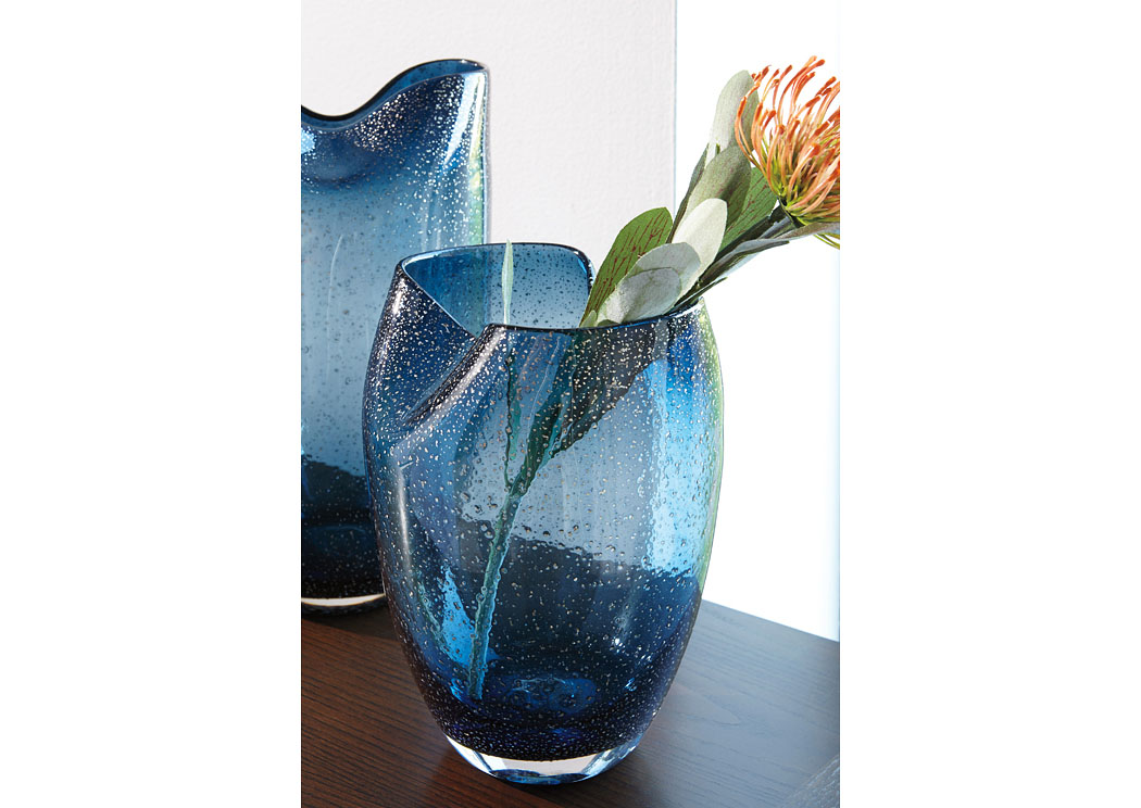 Furniture Discount Warehouse Didrika Blue Vase 2cs