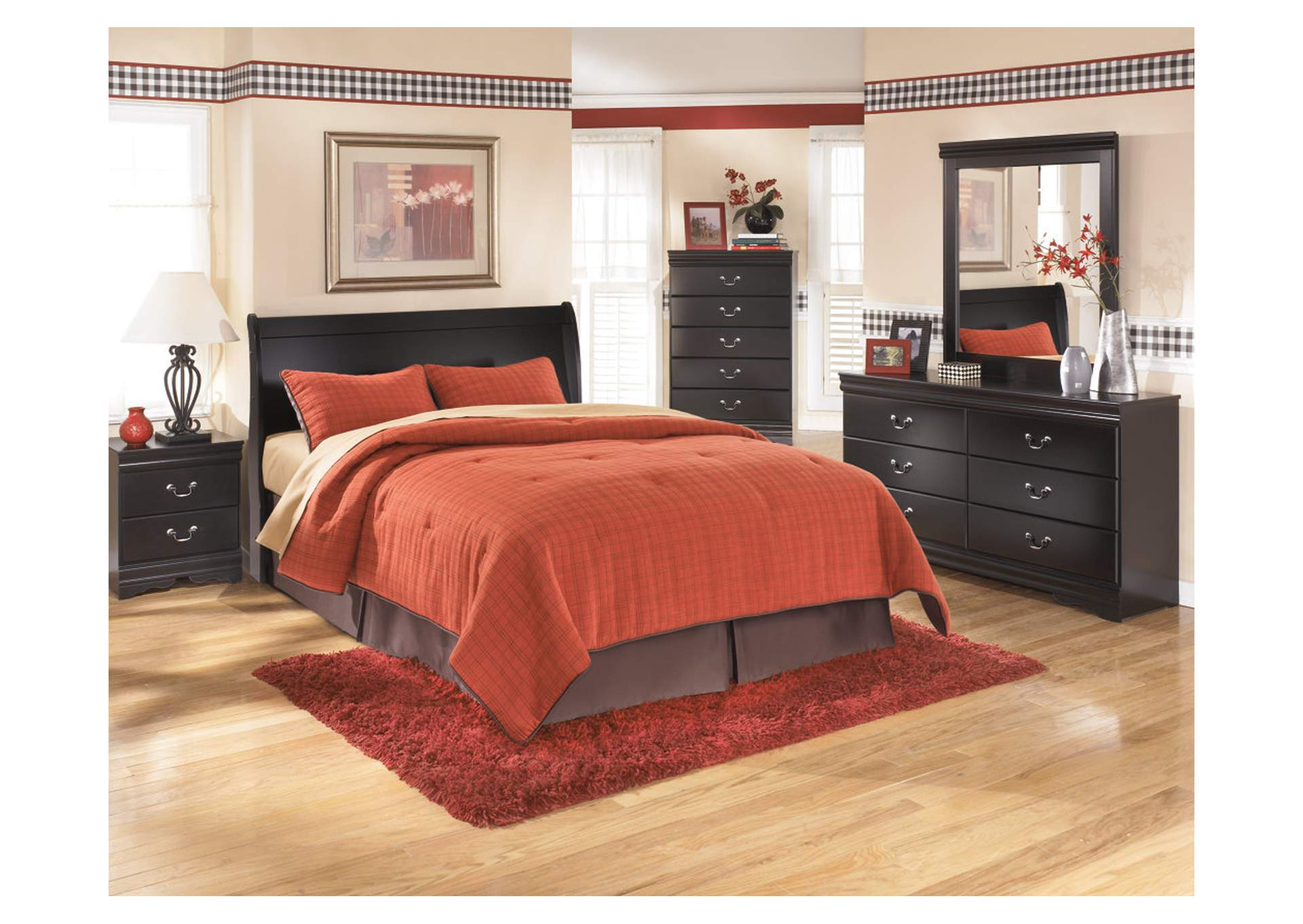 Huey Vineyard King Sleigh Headboard w/Dresser, Mirror, Drawer Chest & Nightstand,Signature Design By Ashley
