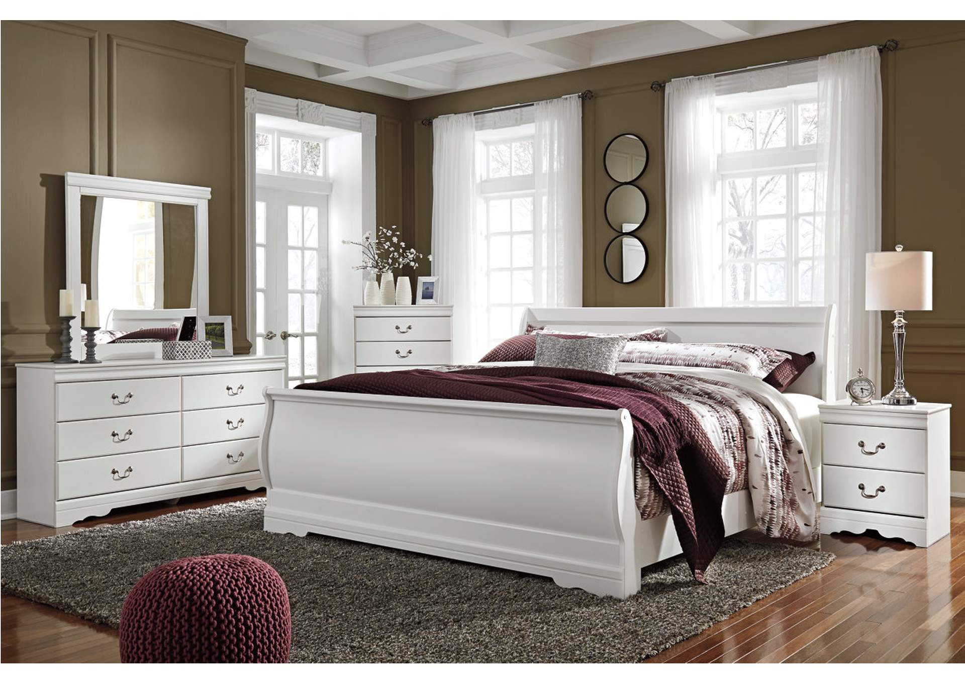 Anarasia White King Sleigh Bed w/Dresser, Mirror, Drawer Chest & Nightstand,Signature Design By Ashley