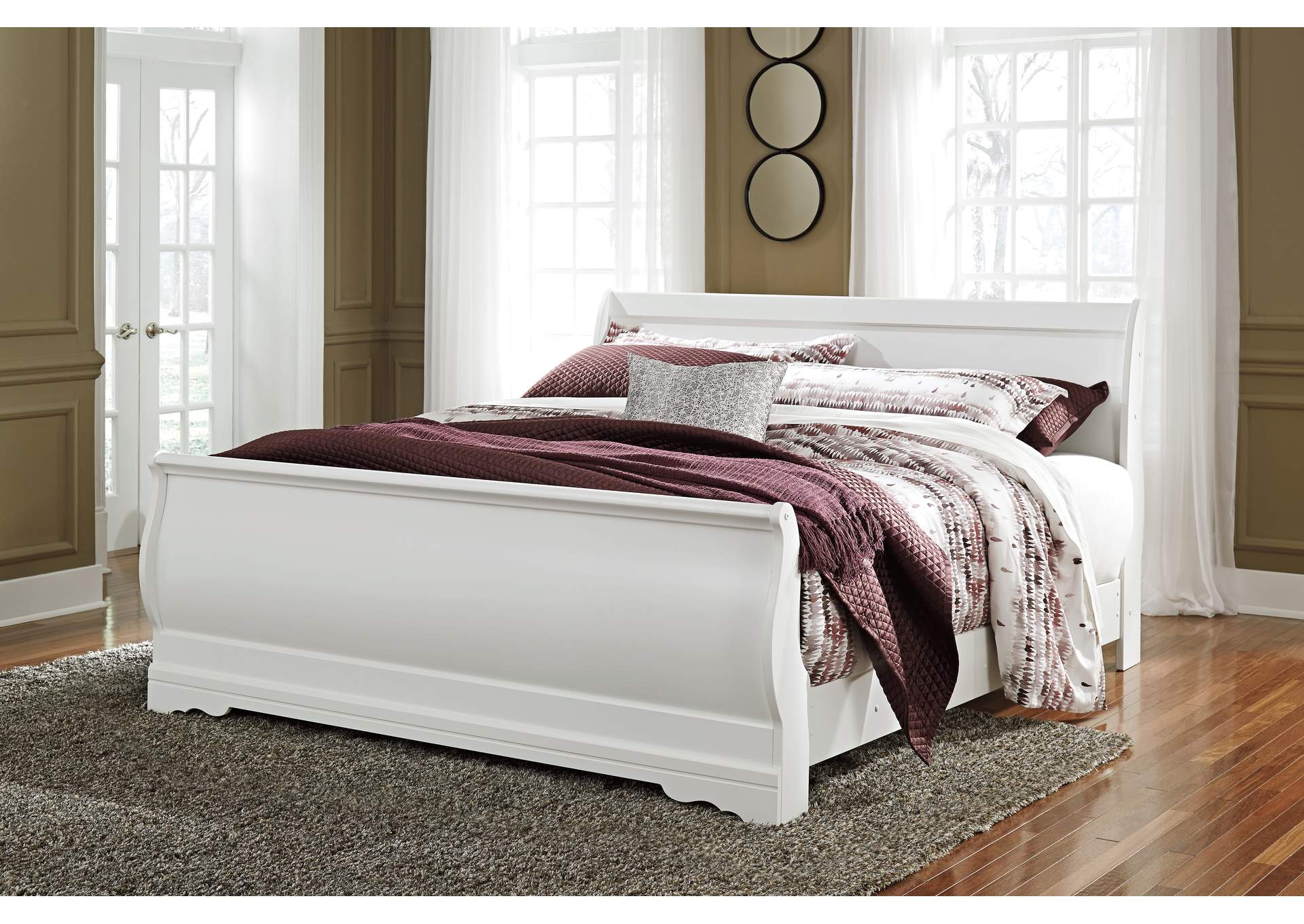 Anarasia White King Sleigh Bed,ABF Signature Design by Ashley