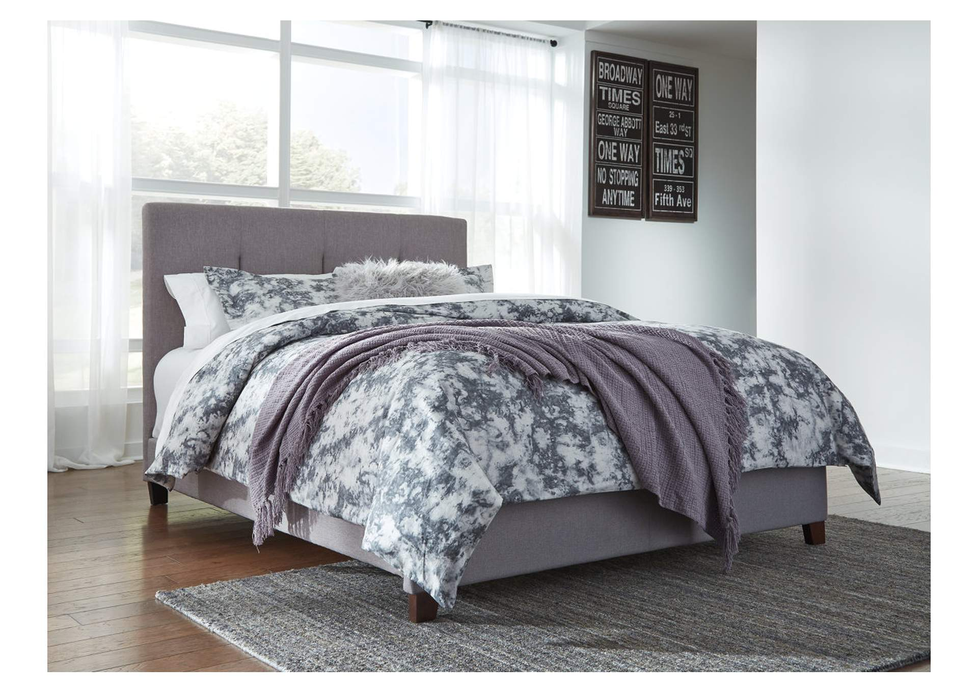 Dolante Gray Queen Upholstered Platform Bed,Signature Design By Ashley