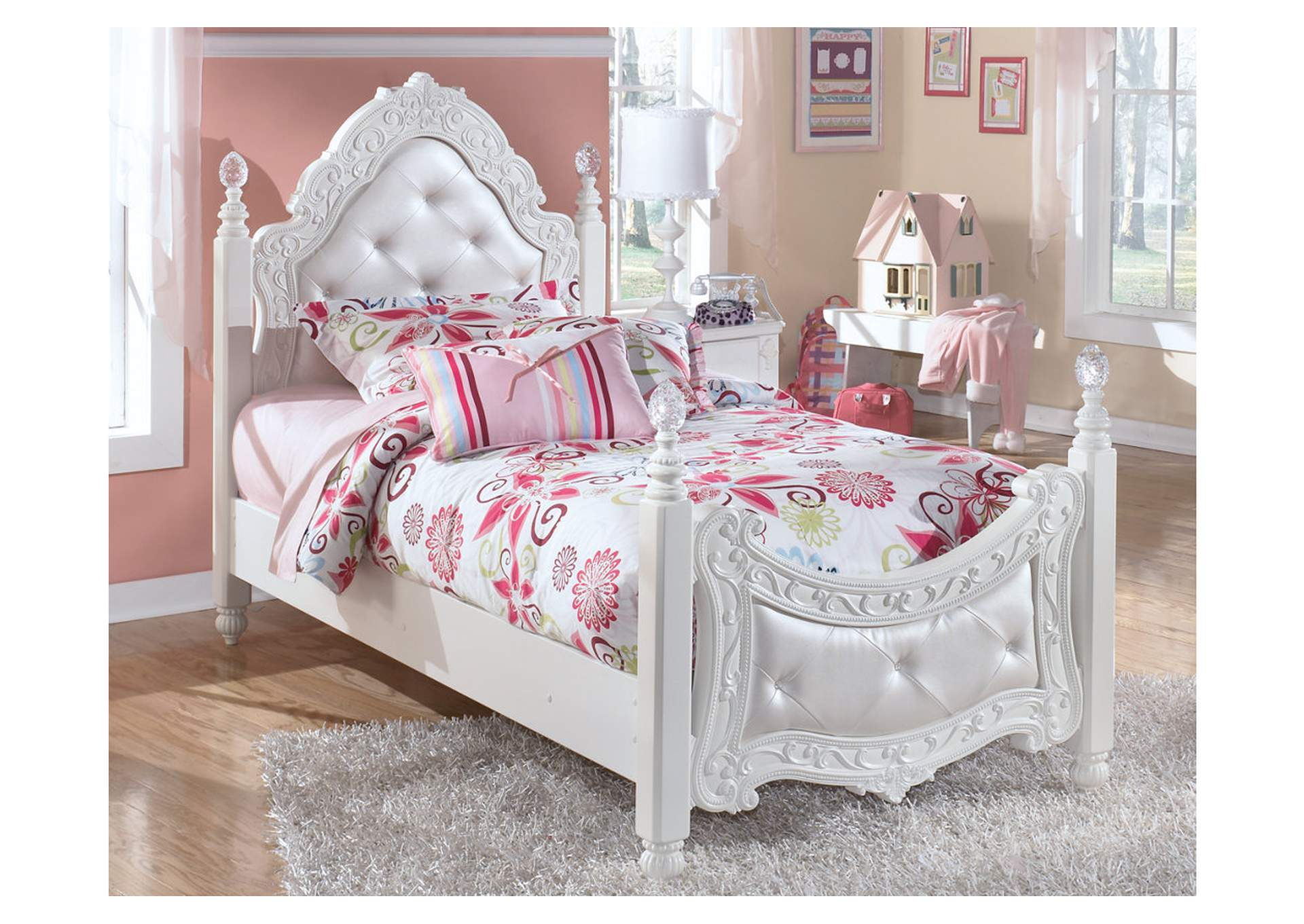 Exquisite Twin Poster Bed,Signature Design by Ashley