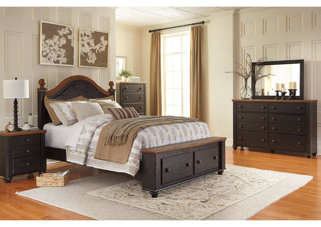 Maxington Two-Tone Queen Storage Poster Bed w/Dresser, Mirror, Drawer Chest & Nightstand,Signature Design by Ashley