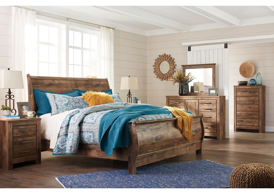 Blaneville Brown King Sleigh Bed w/Dresser, Mirror, Drawer Chest and Nightstand,Signature Design By Ashley