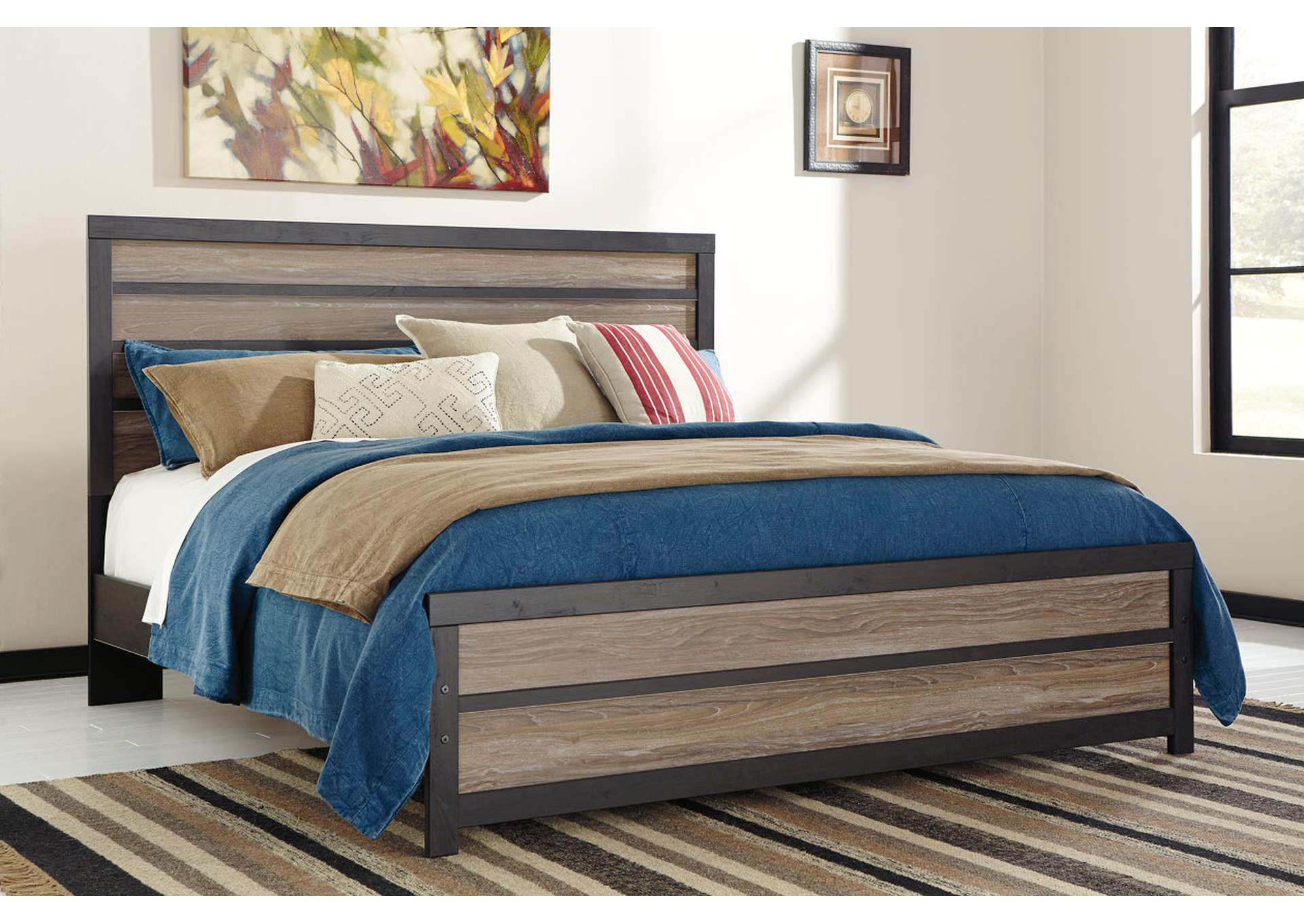 Harlinton King Panel Bed,Signature Design By Ashley