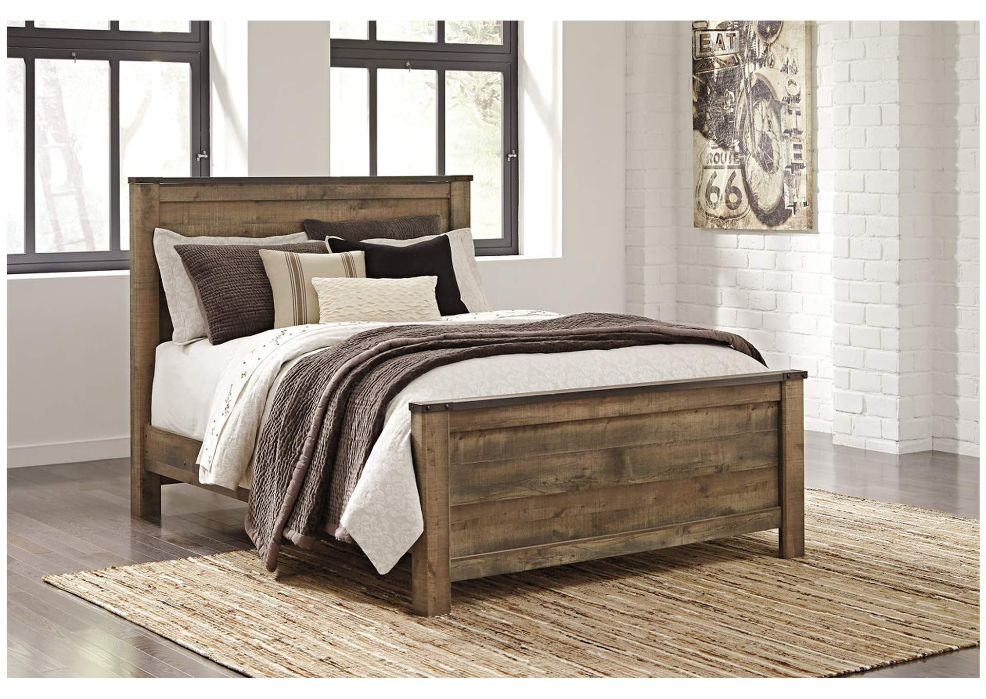Trinell Brown Queen Panel Bed,Signature Design By Ashley