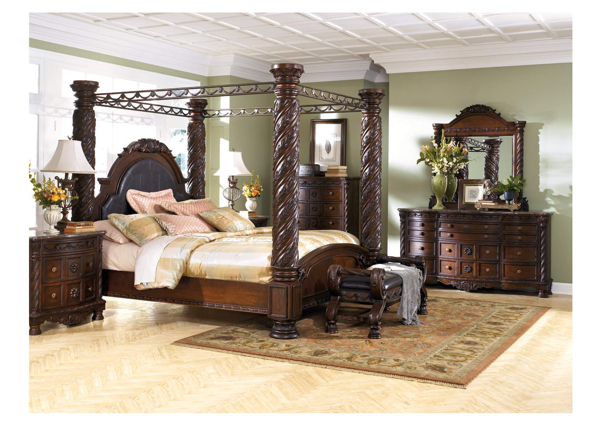North Shore King Poster Bed w/Dresser, Mirror, Drawer Chest & Nightstand,Millennium