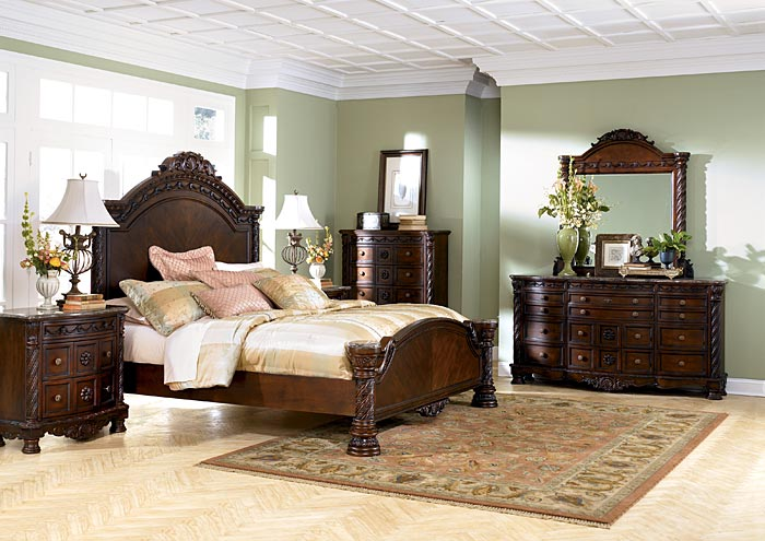 North Shore King Panel Bed w/Dresser, Mirror & Drawer Chest,Millennium