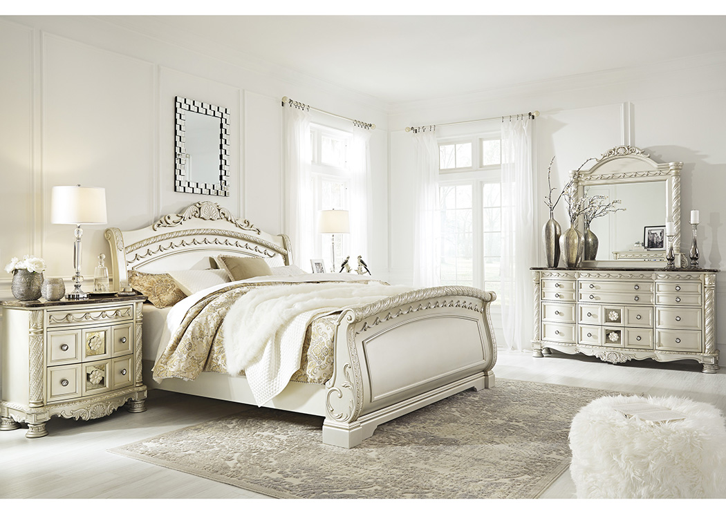 Cassimore Pearl Silver King Sleigh Bed w/Dresser, Mirror, Drawer Chest and Nightstand,Signature Design by Ashley