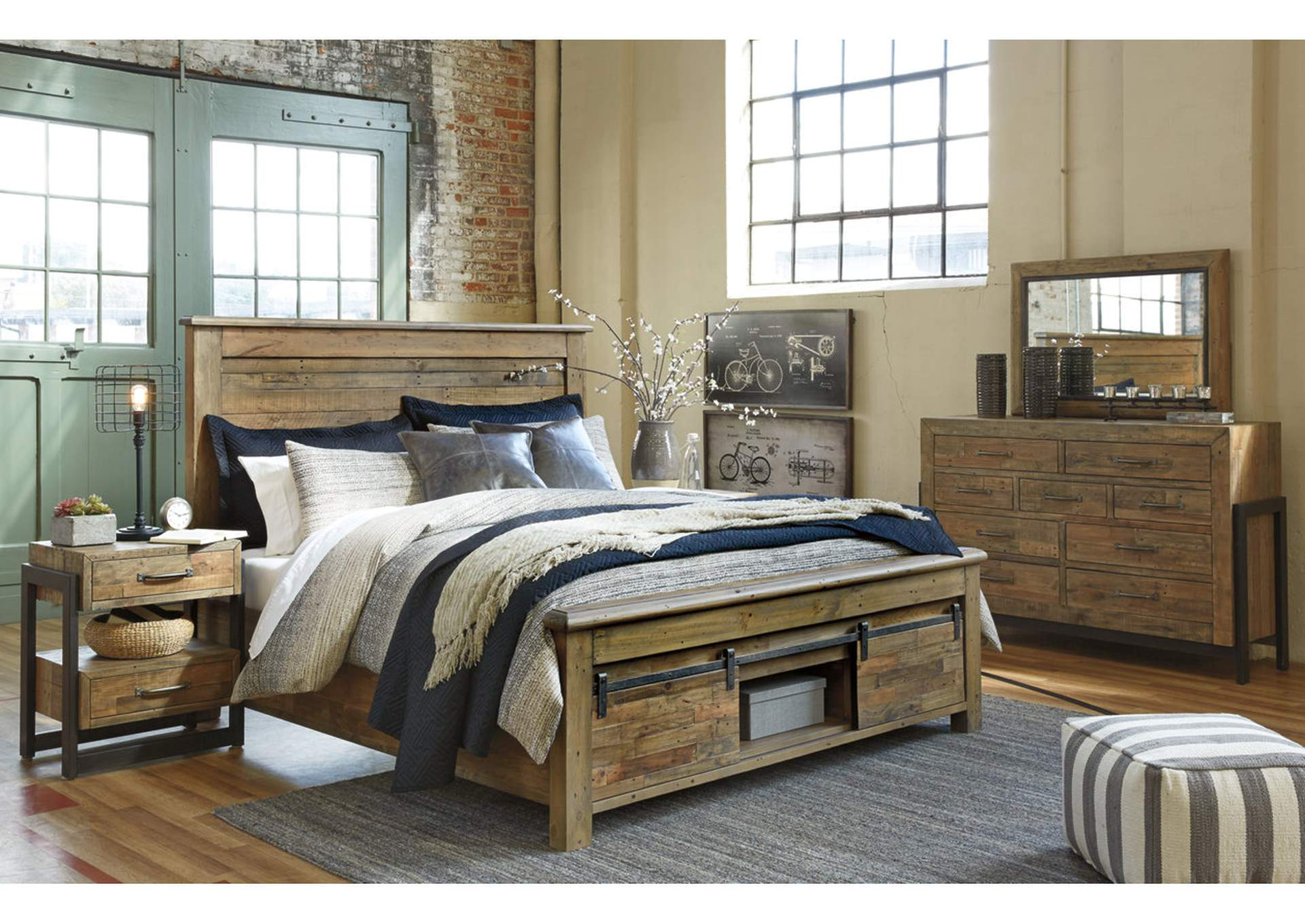 Sommerford Brown Queen Storage Bed w/Dresser, Mirror & Drawer Chest,Signature Design By Ashley