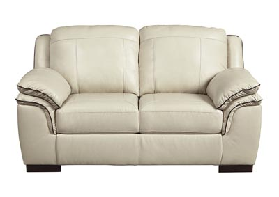 Islebrook Vanilla Loveseat
