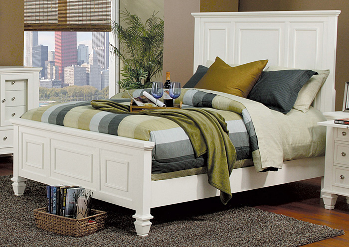 Sandy Beach White California King Bed,Coaster Furniture