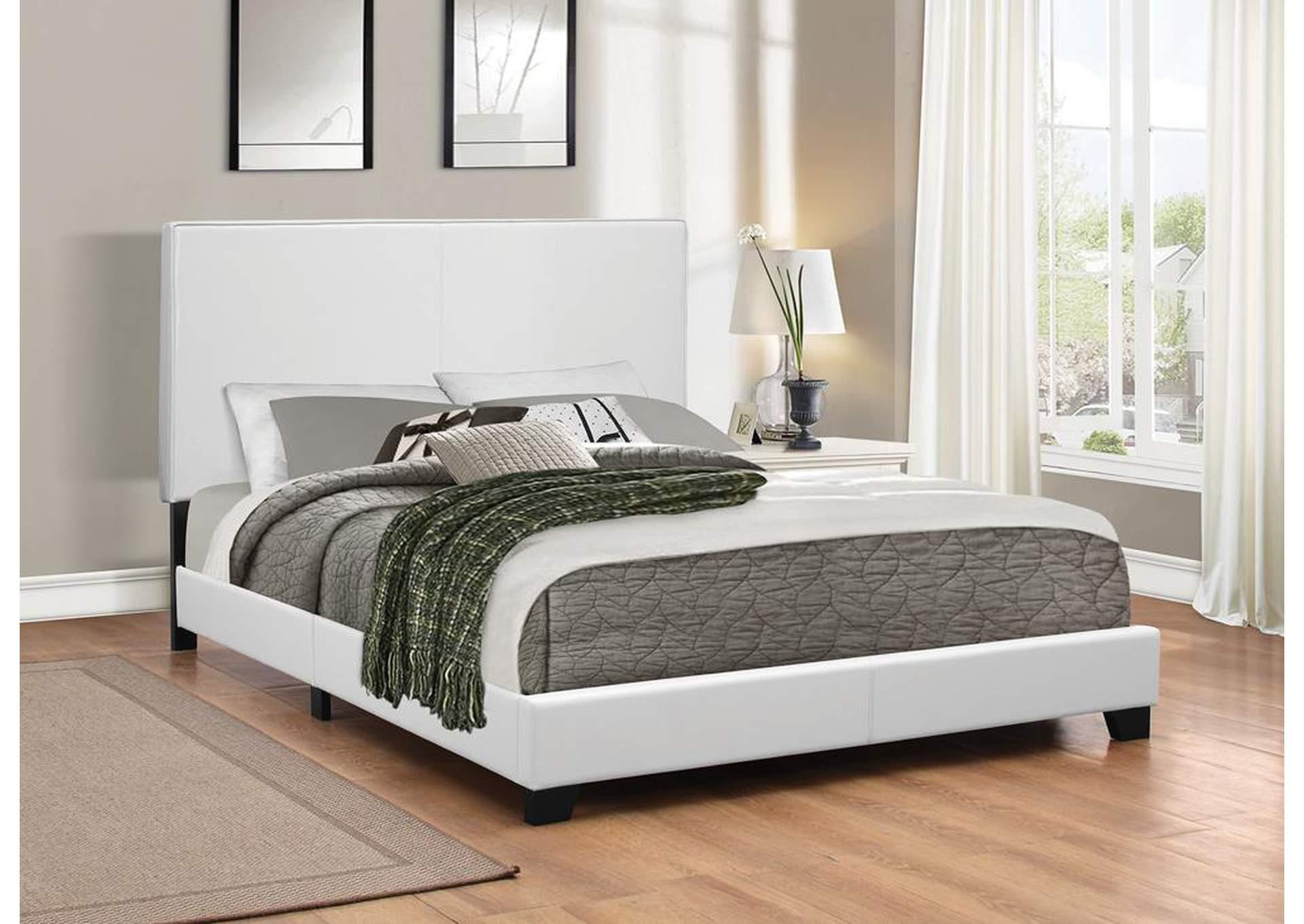 Flamingo furniture white full upholstered platform bed for Upholstered full bed