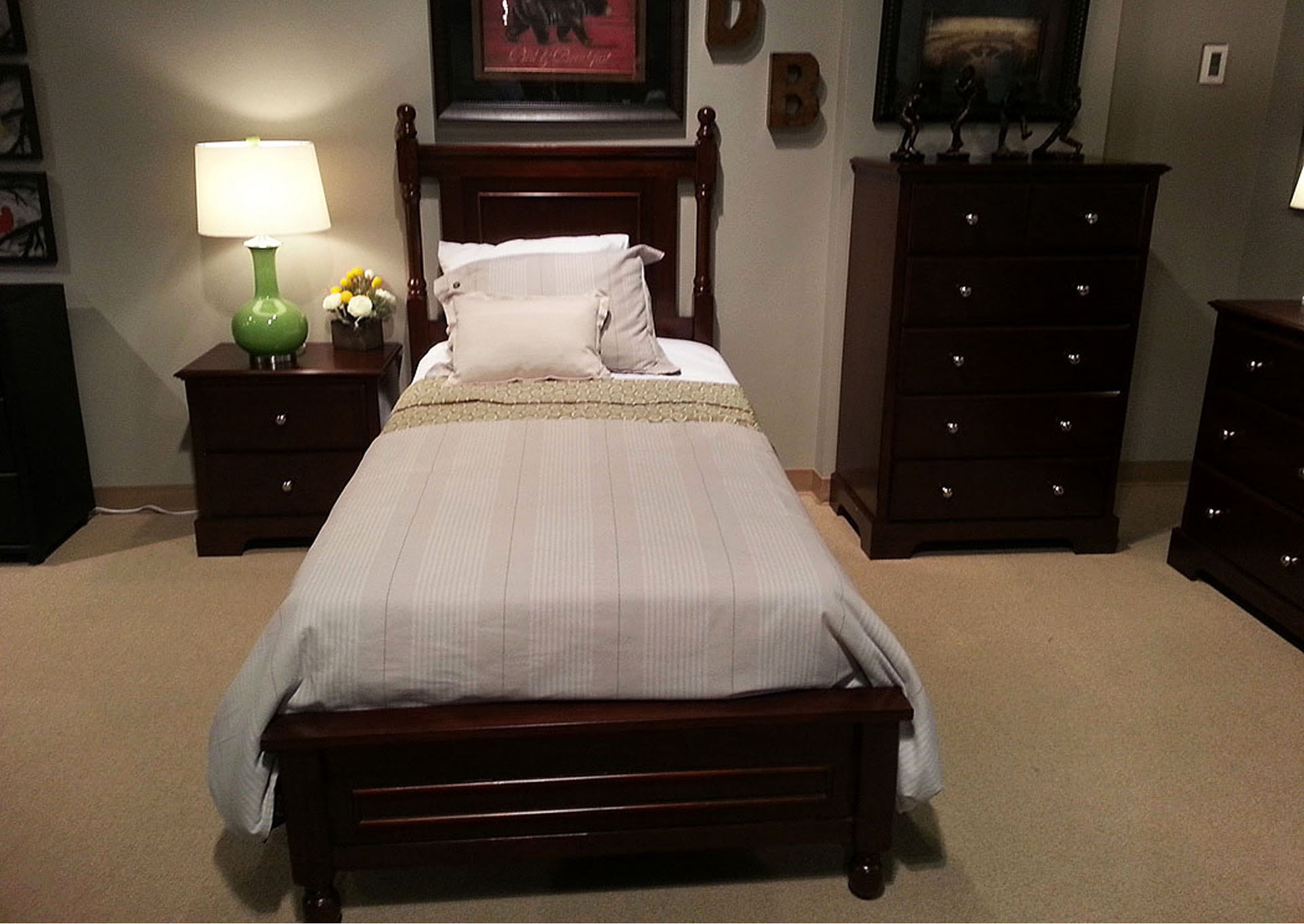 Cherry California King Bed,Homelegance