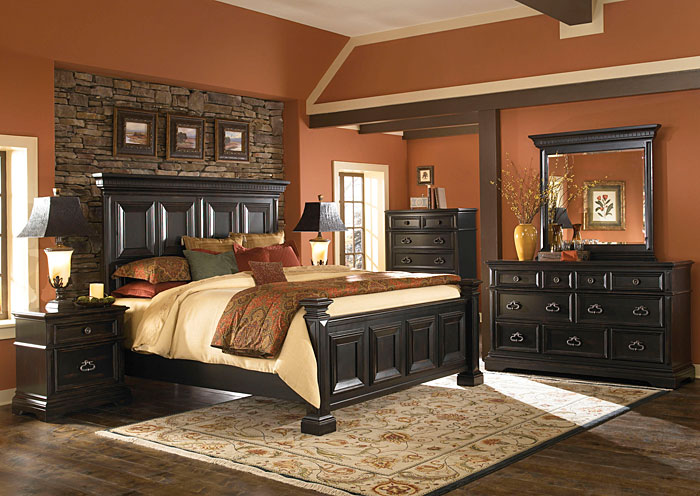 Brookfield Queen Bed w/Dresser, Mirror, Drawer Chest, & Nightstand,Pulaski Furniture