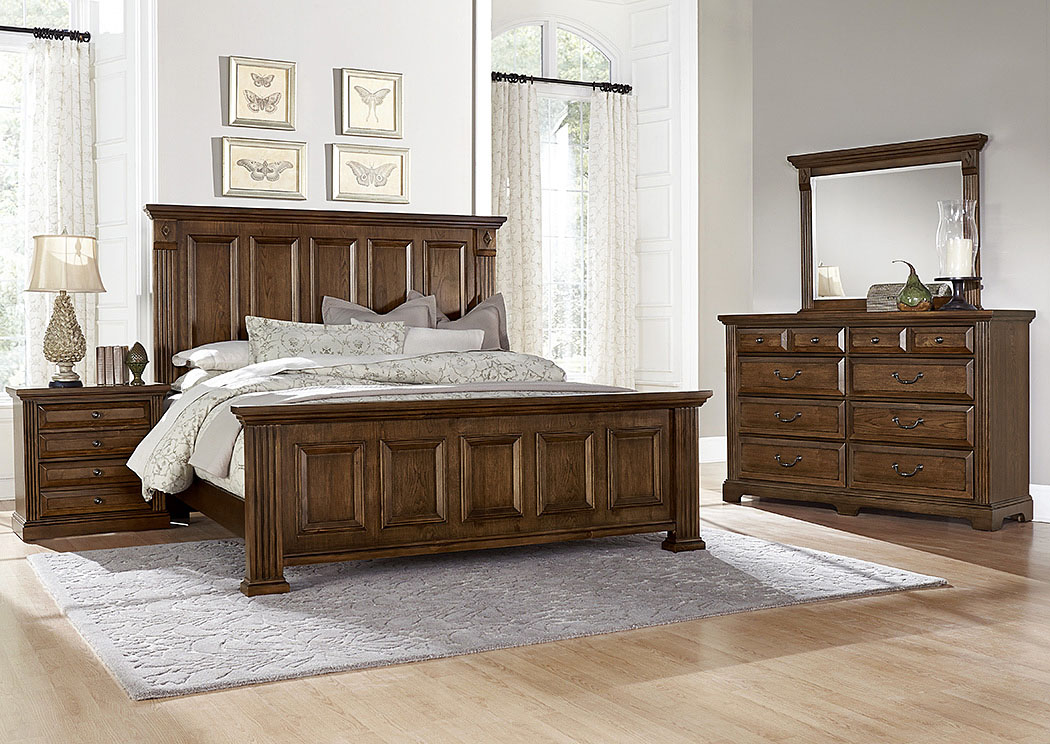 Woodlands Oak King Panel Bed w/ Dresser, Mirror, Drawer Chest and Nightstand,Vaughan-Bassett