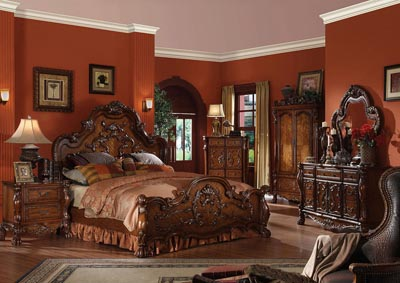 Dresden Cherry Oak Eastern King Panel Bed w/Dresser & Mirror