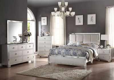 Voeville II Matte Gold & Platinum Upholstered HB Platform Eastern King Bed