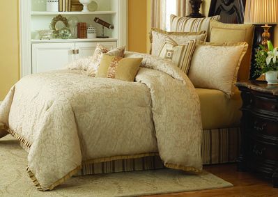 Image for Carlton Ivory 10 pc. King Comforte Set