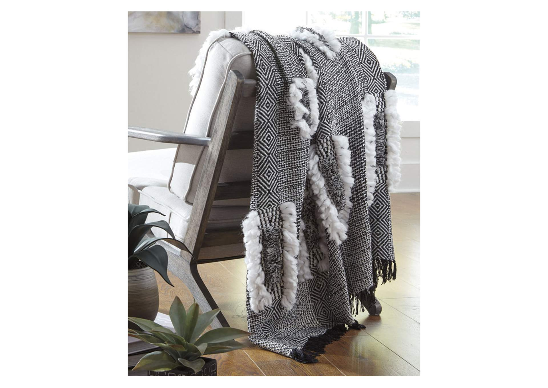 Javaine Black/White Woven 3 Piece Throw Set,Signature Design By Ashley