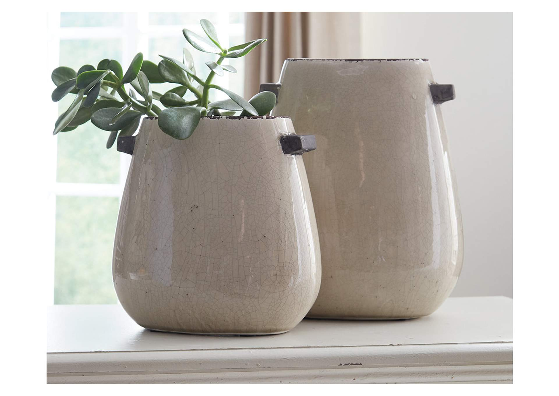 Diah Tan Vase Set (Set of 2),Signature Design By Ashley