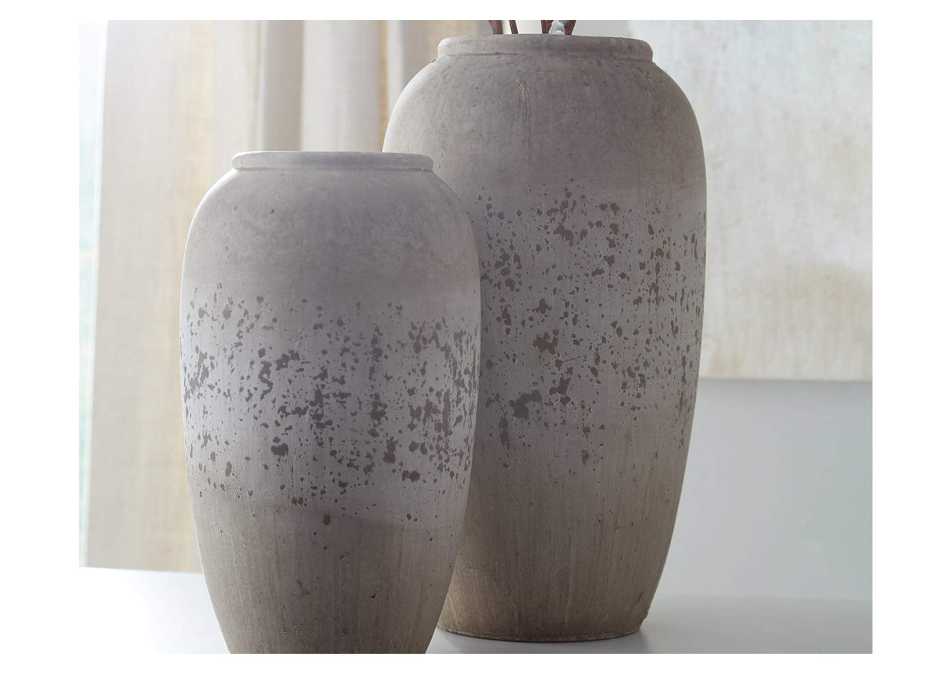 Dimitra Brown/Cream Vase Set (Set of 2),Signature Design By Ashley