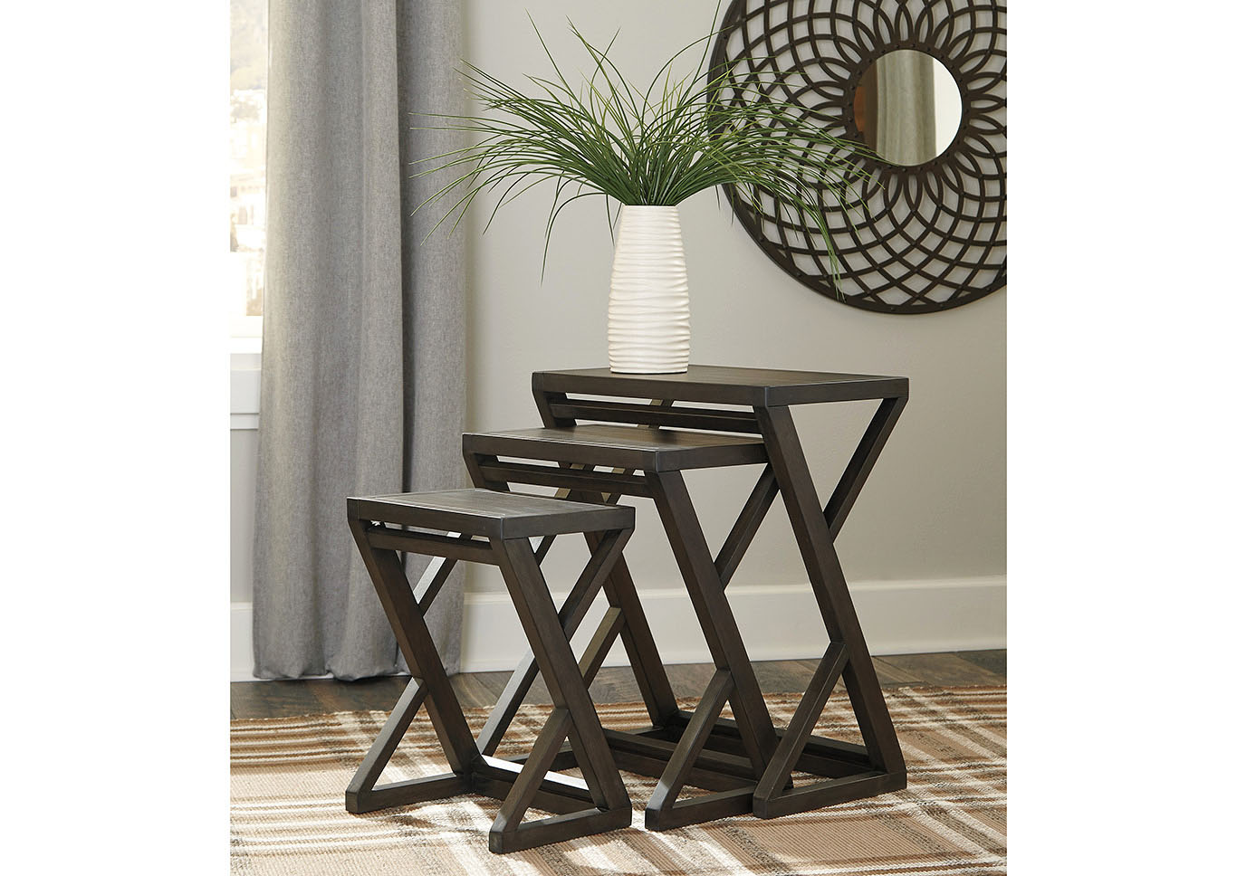 Cairnburg Brown Accent Table Set (Set of 3),Signature Design By Ashley