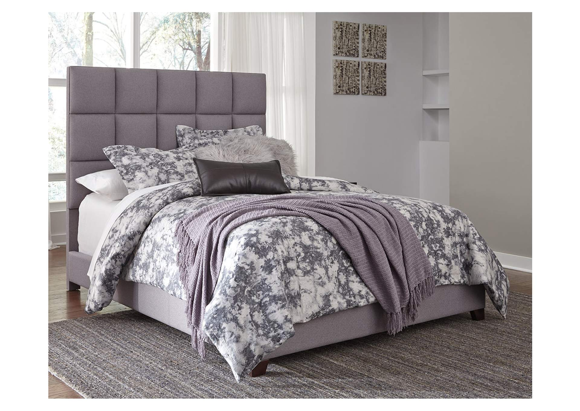 Dolante Gray Queen Upholstered Bed,Signature Design By Ashley