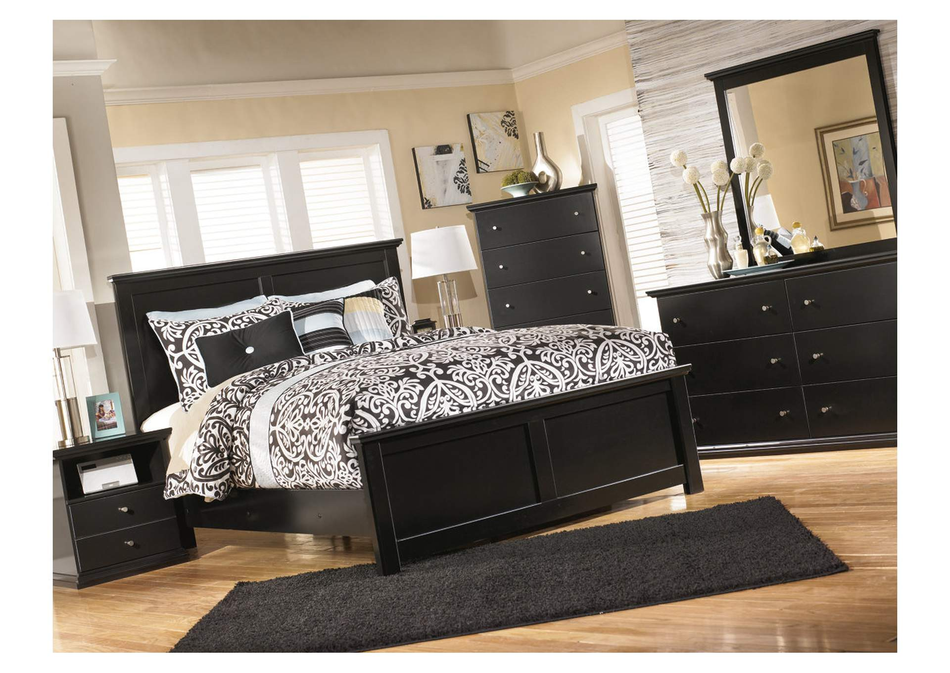 Maribel Black King Panel Bed,Signature Design By Ashley