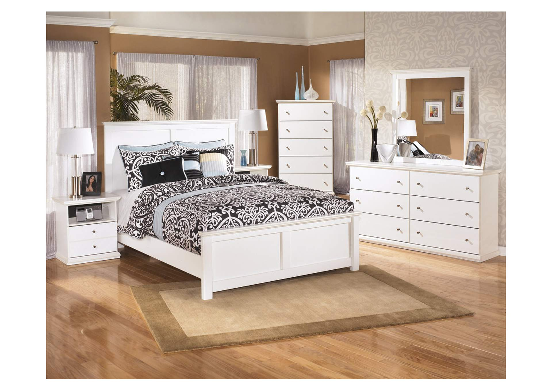 Bostwick Shoals King Panel Bed w/Dresser, Mirror, Drawer Chest & Nightstand,Signature Design By Ashley