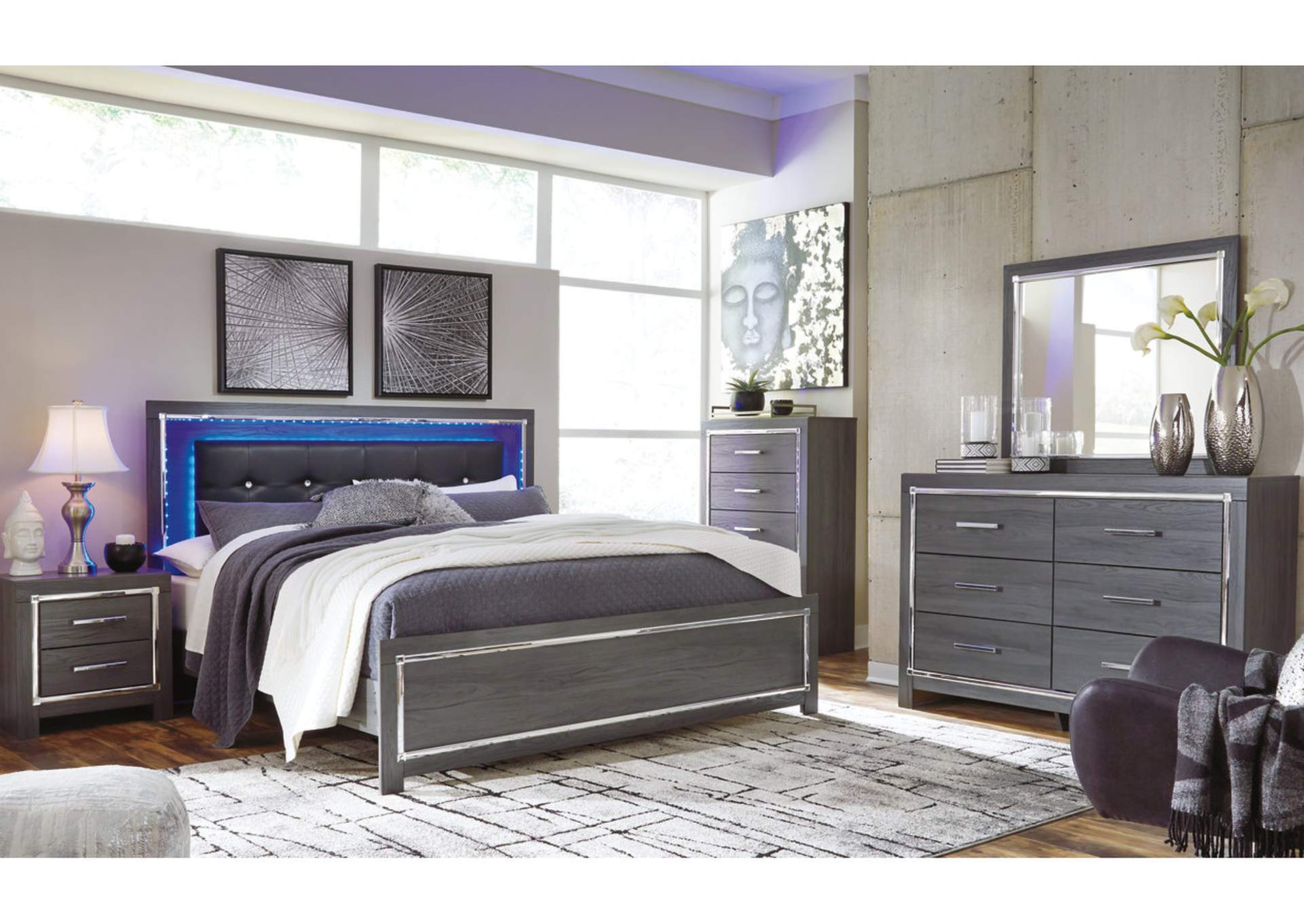 Lodanna Gray Full Panel Bed w/Dresser & Mirror,Signature Design By Ashley