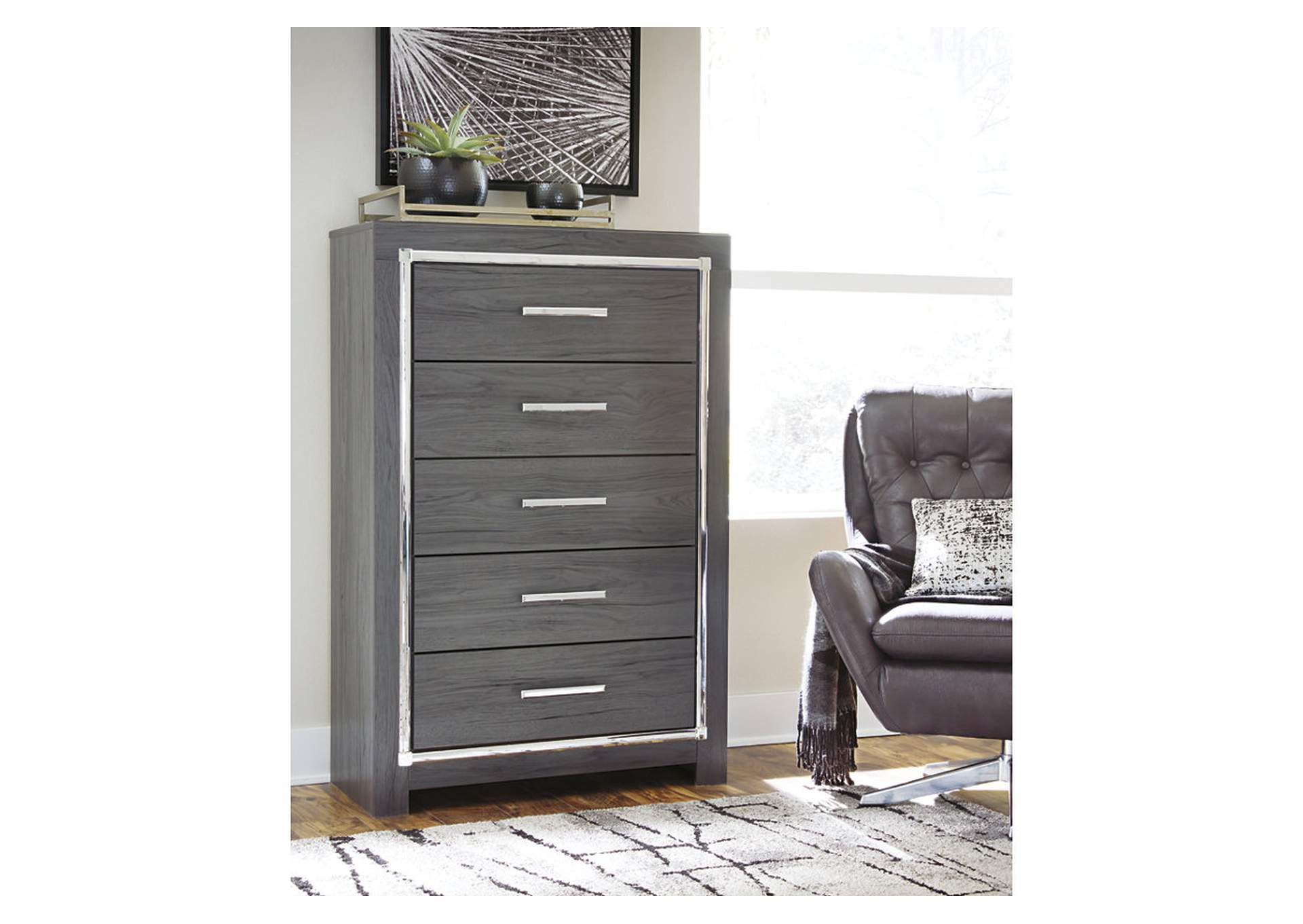 Lodanna Gray Chest,Signature Design By Ashley
