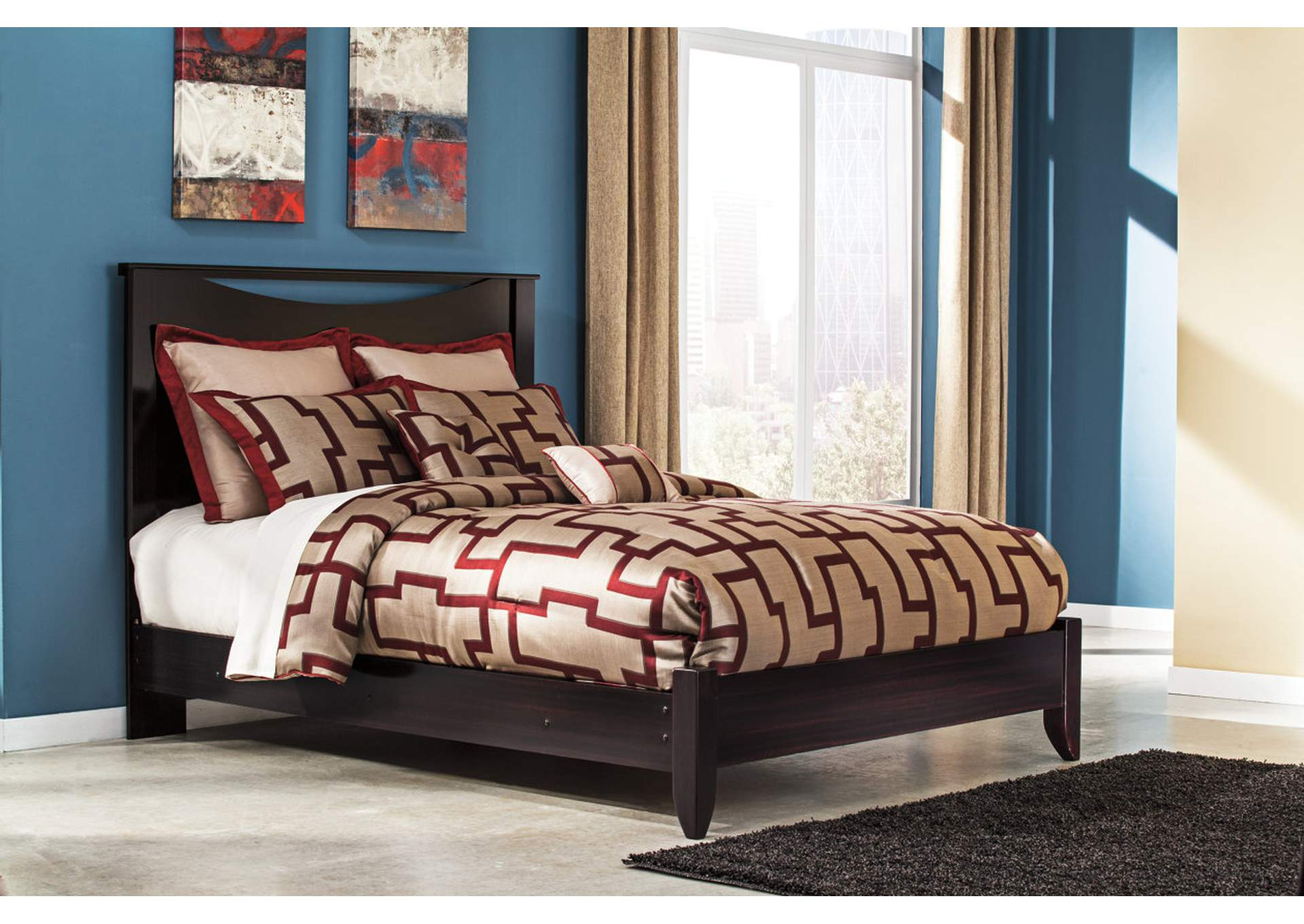 Zanbury Queen Panel Bed,Signature Design By Ashley