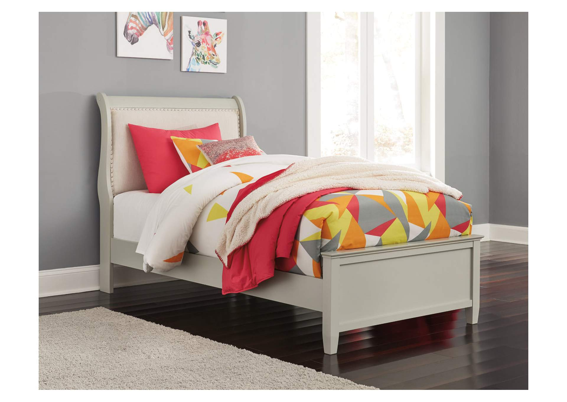 Jorstad Gray Upholstered Sleigh Full Bed,Signature Design By Ashley