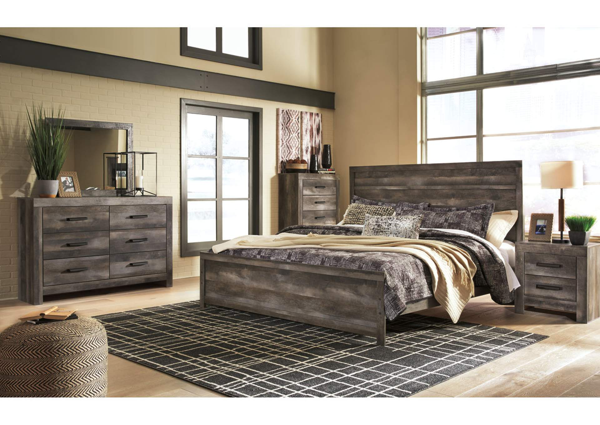 Wynnlow Gray King Panel Bed and Dresser w/Mirror,Signature Design By Ashley