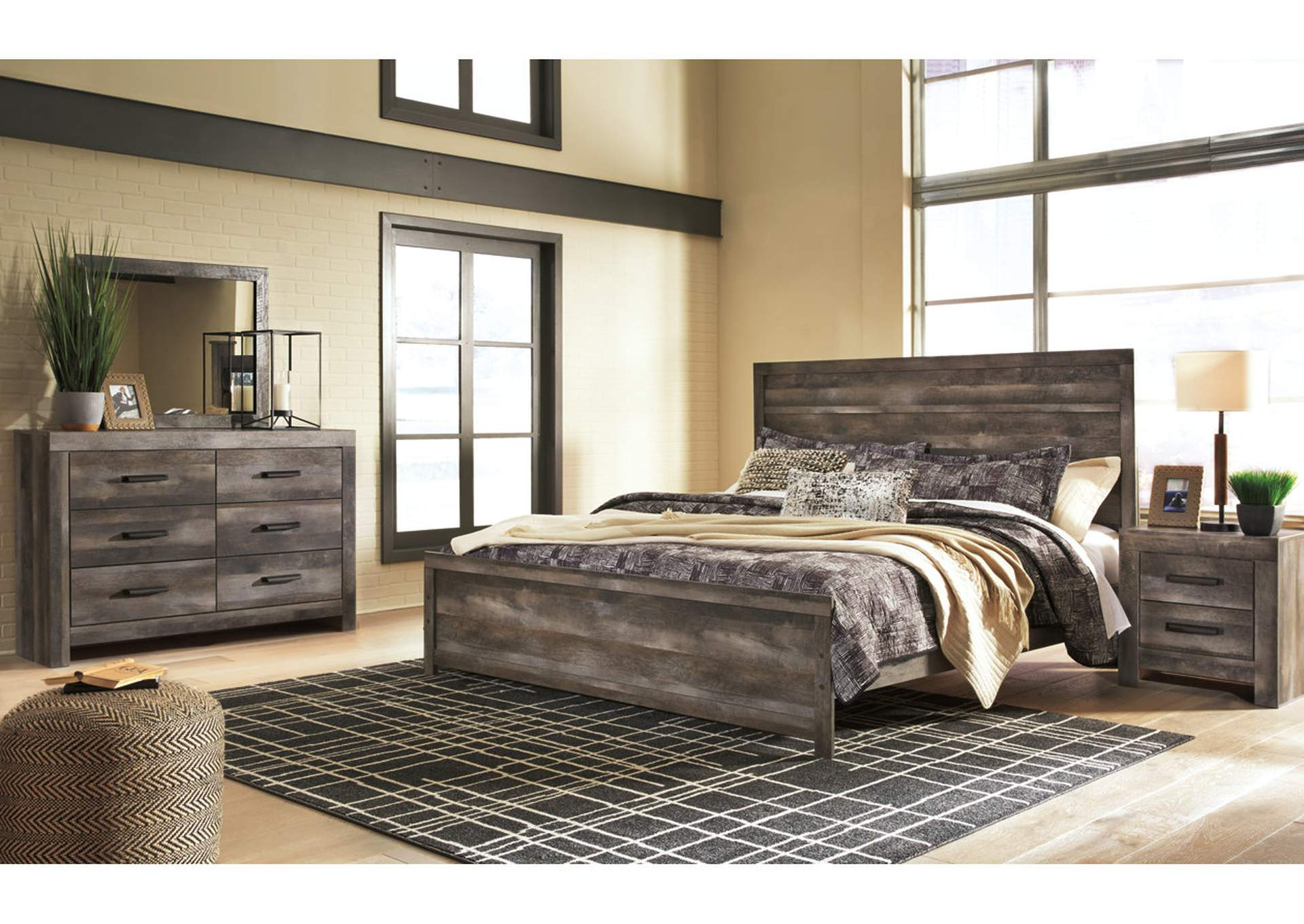 Wynnlow gray rustic 4 piece king bed set w dresser mirror and nightstand