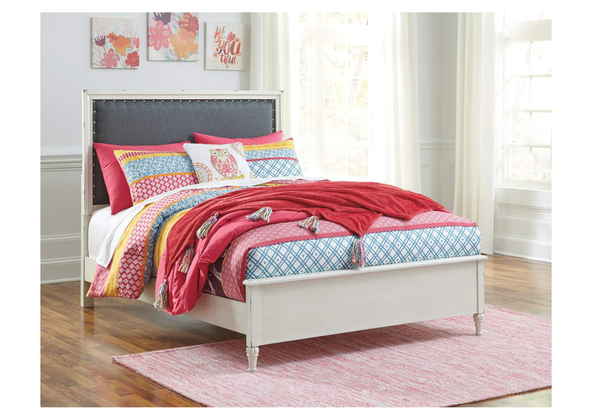 Faelene Chipped White Full Upholstered Panel Bed,Signature Design By Ashley