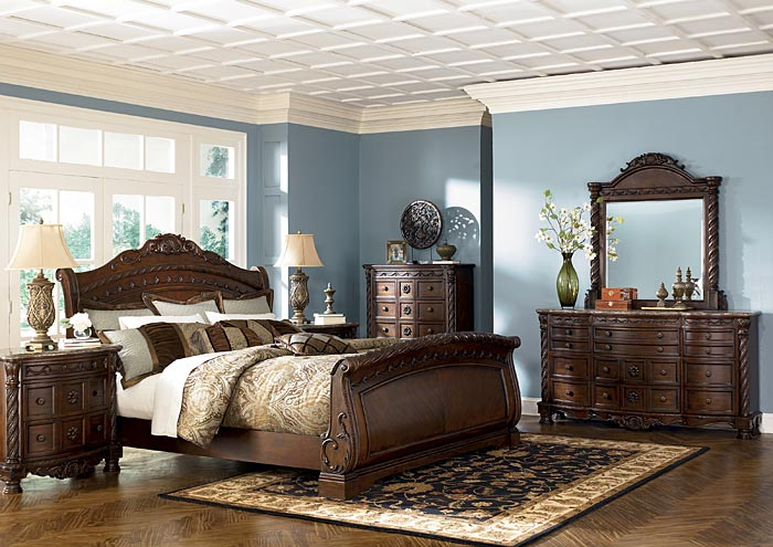 North Shore Queen Sleigh Bed,Millennium