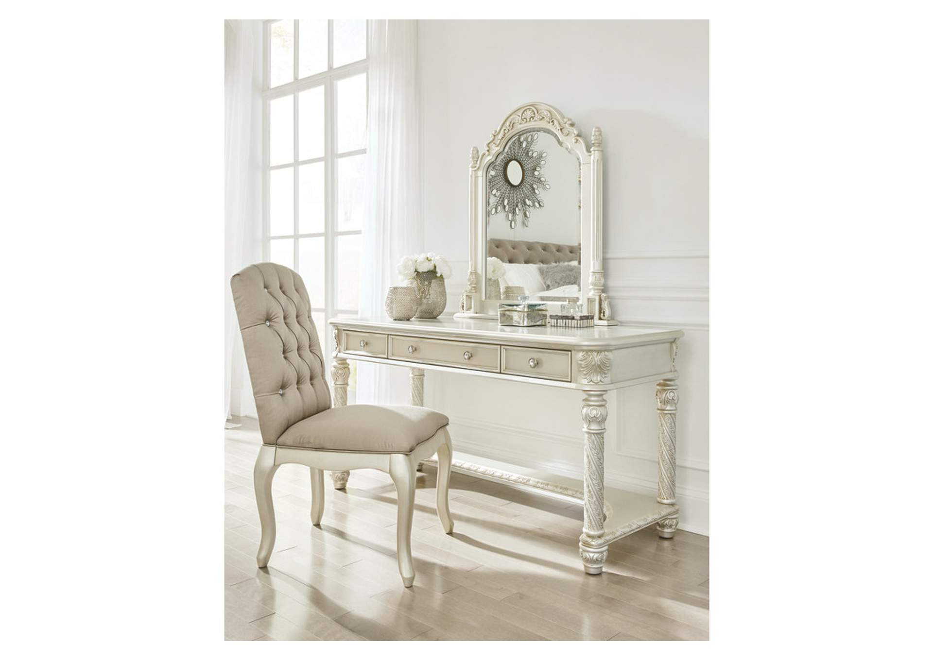 Cassimore Pearl Silver Vanity,Signature Design By Ashley