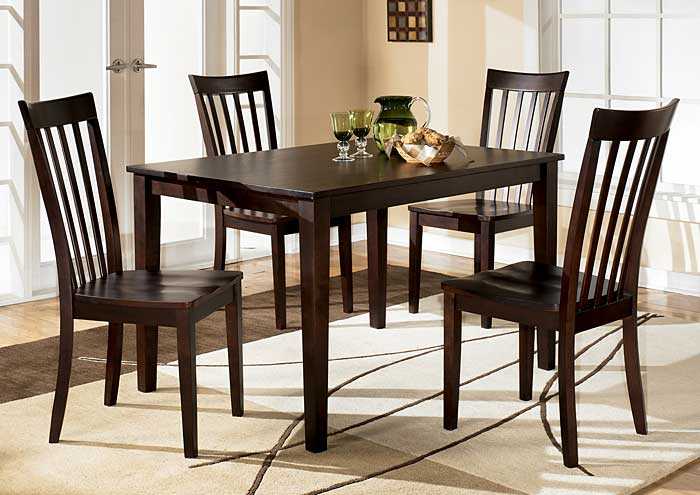 Discount Furniture Outlet Hyland Rectangular Dining Table W 4 Chairs