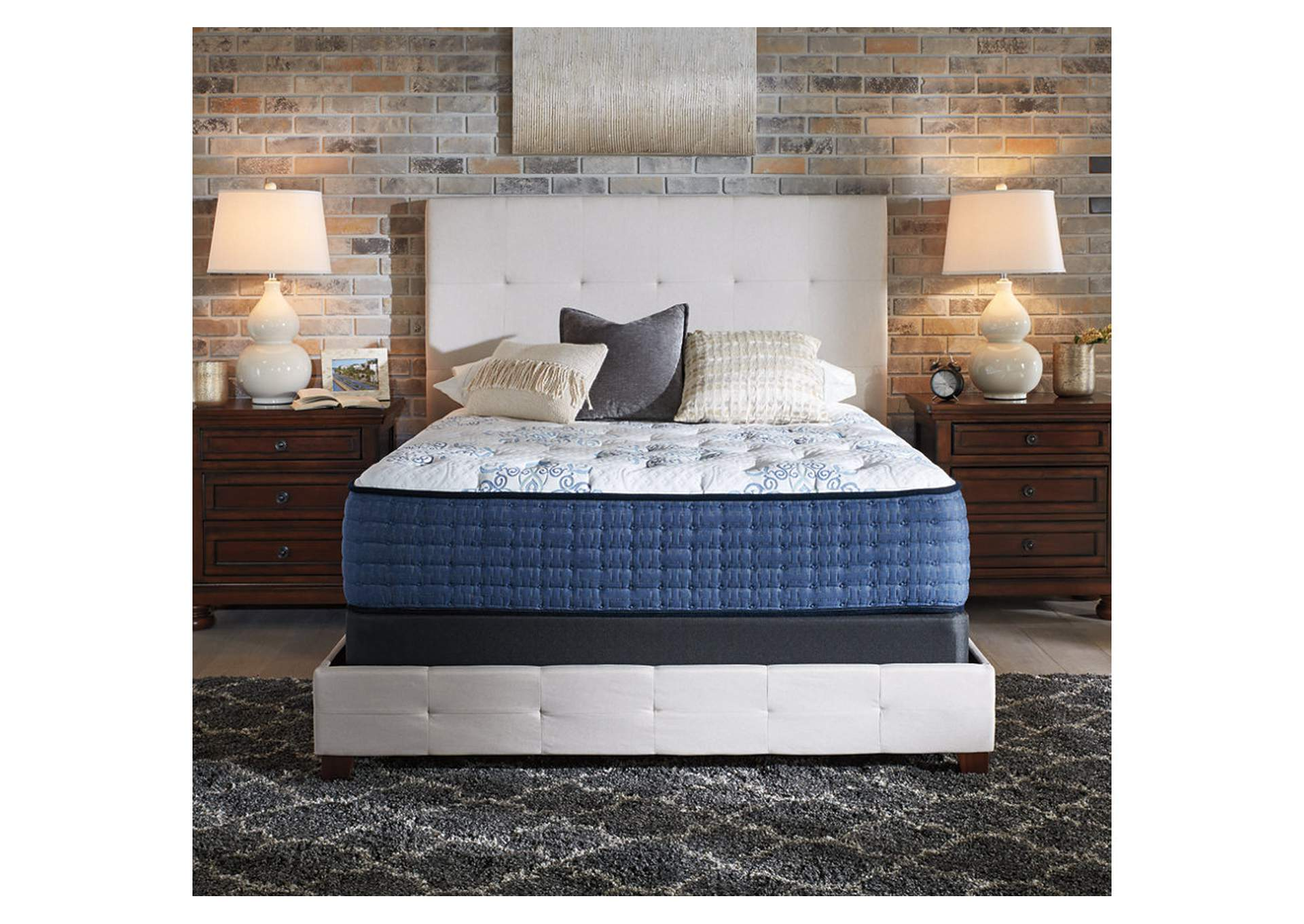 Mt Dana Firm White King Mattress,Sierra Sleep by Ashley