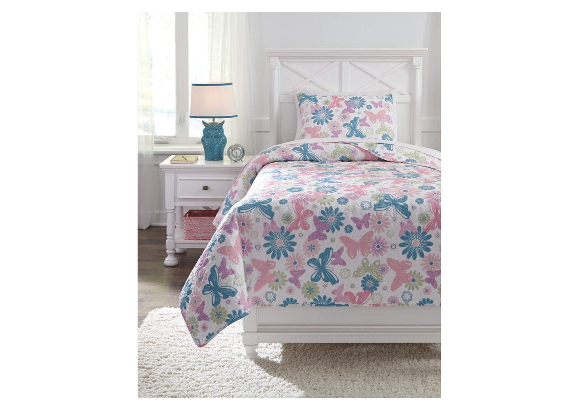 Jobeth Multi Twin Quilt Set,Signature Design By Ashley