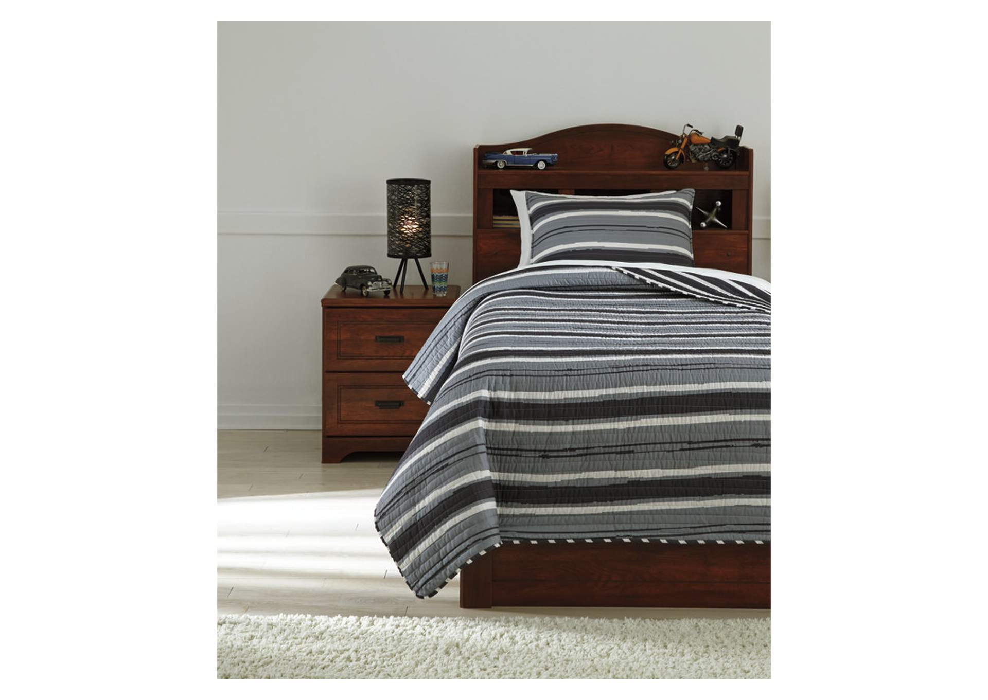 Merlin Gray/Cream Twin Coverlet Set,Signature Design By Ashley