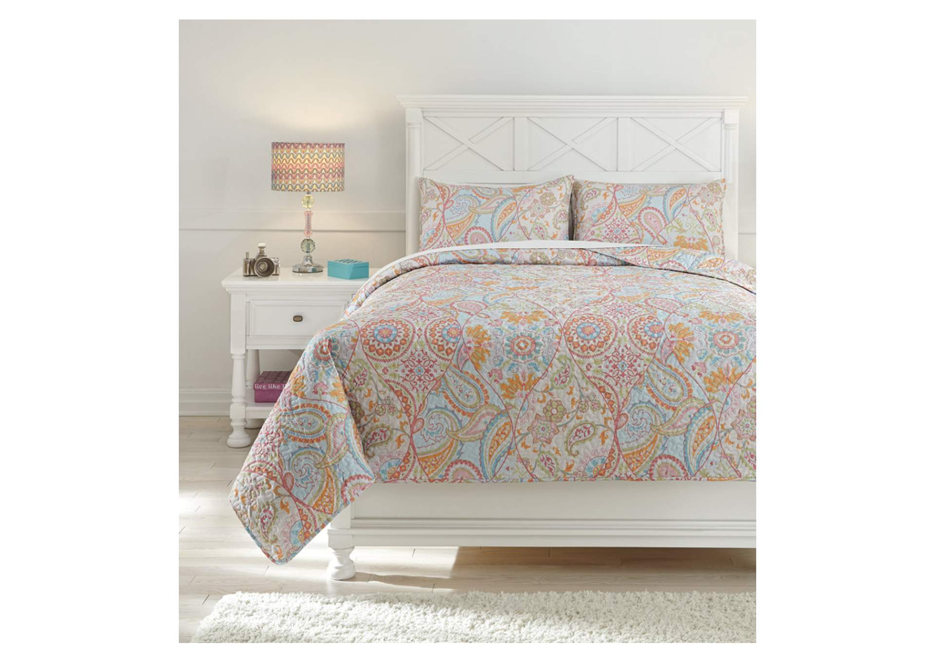 Jessamine Pink/Orange Full Coverlet Set,Signature Design By Ashley