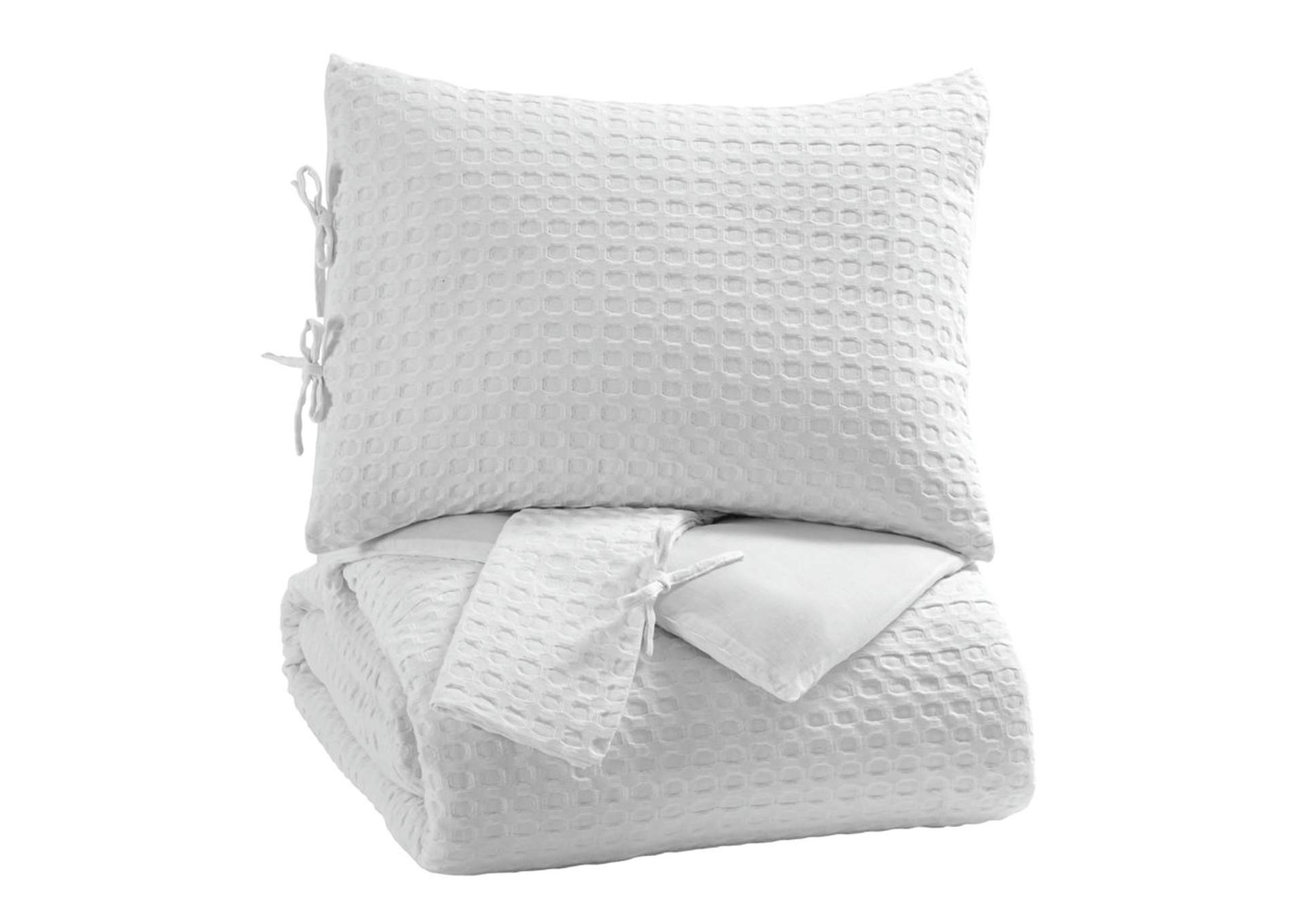 Maurilio White Queen Comforter Set,Signature Design By Ashley
