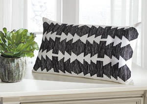 Titus Black/White Pillow (4/CS)