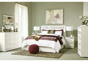 Brillaney White Queen Panel Bed w/Dresser & Mirror