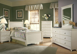 Cottage Retreat Dresser w/Mirror